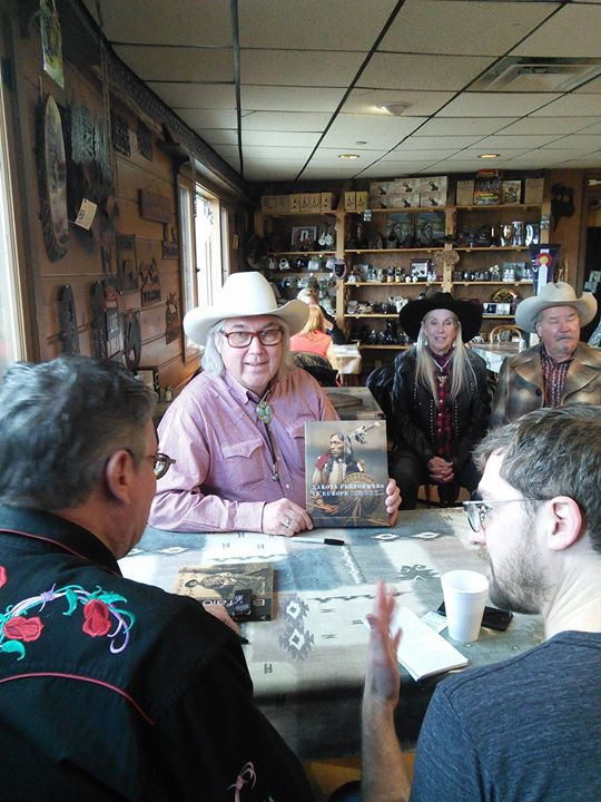 Book signing in Golden at the Buffalo Bill Museum and Grave  #lakotaperformersineurope #buffalobill #westernshopbrussels